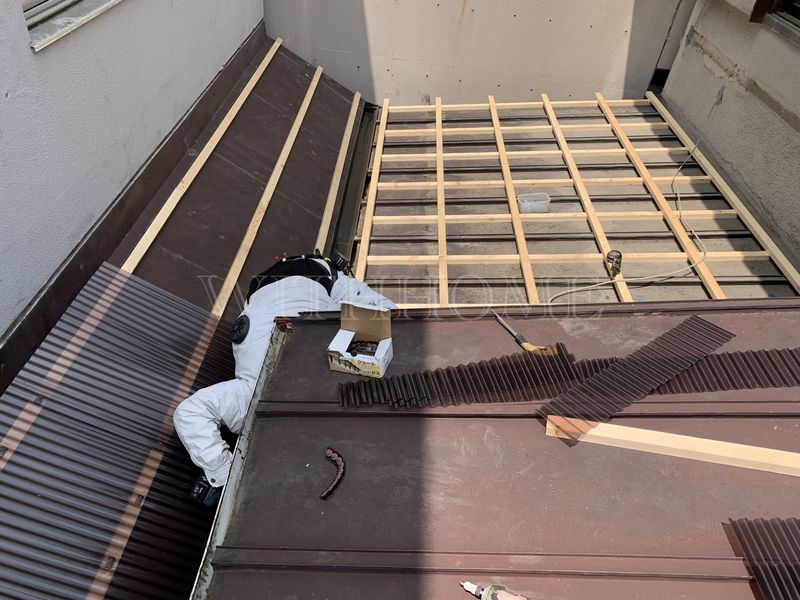 波板張替え工事 広島の屋根・瓦のお店ウィズホーム