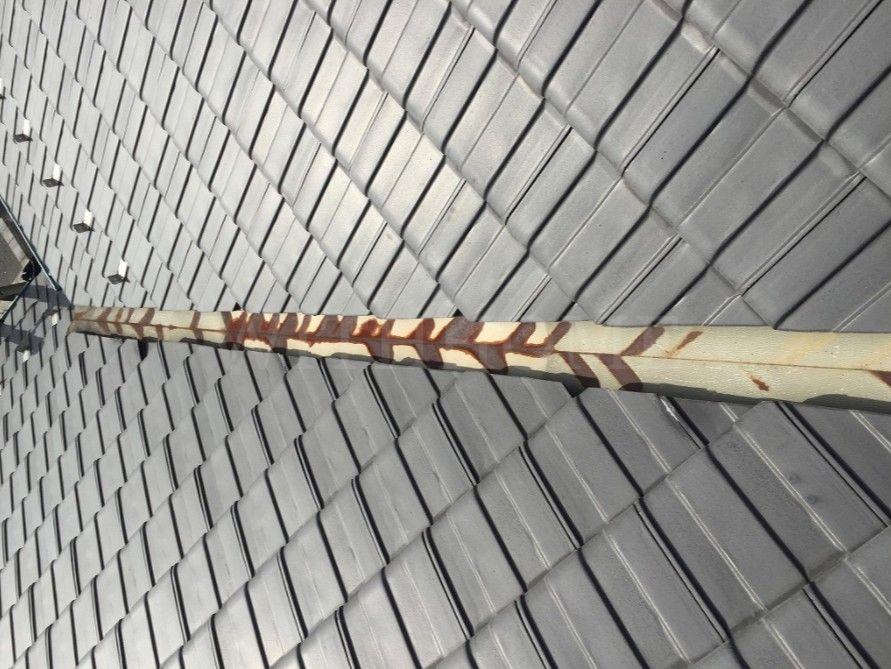 広島の屋根・瓦のお店ウィズホーム 谷板金取り換え